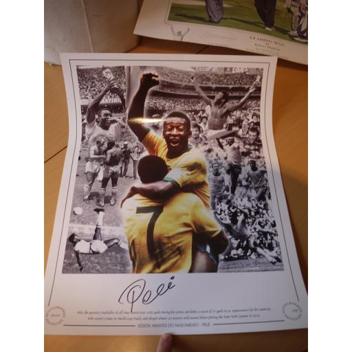 SIGNED PELE 20X16 PHOTO