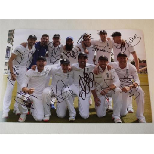 FULLY SIGNED ENGLAND ASHES WINNERS 2015 CRICKET 12X8 PHOTO - SIGNED BY 12